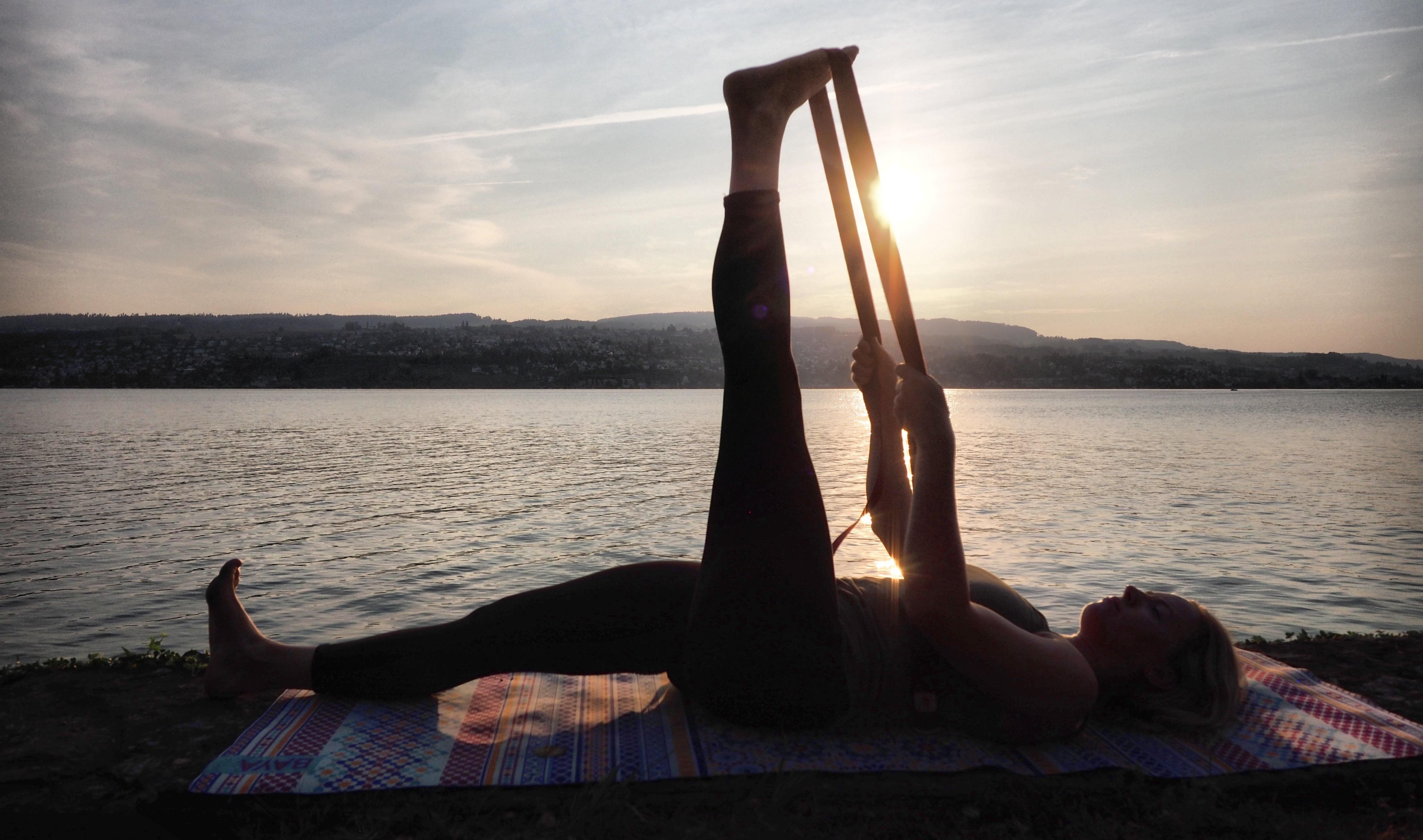 YogHappiness Yoga Français English Zurich Suisse Mentions Légales